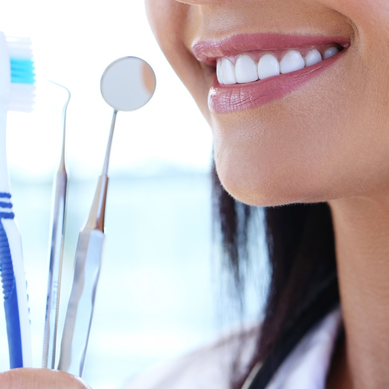 Estética dental: Servicios de Clínica Dental Vendrell Casares