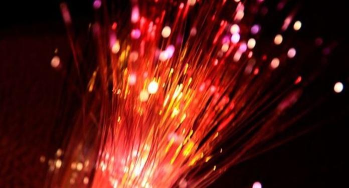 El futuro de la fibra de Movistar, en el aire