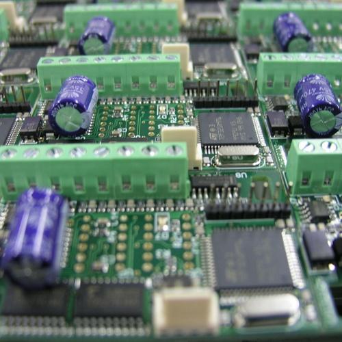 Montaje de circuitos SMD/Convencional en serie.