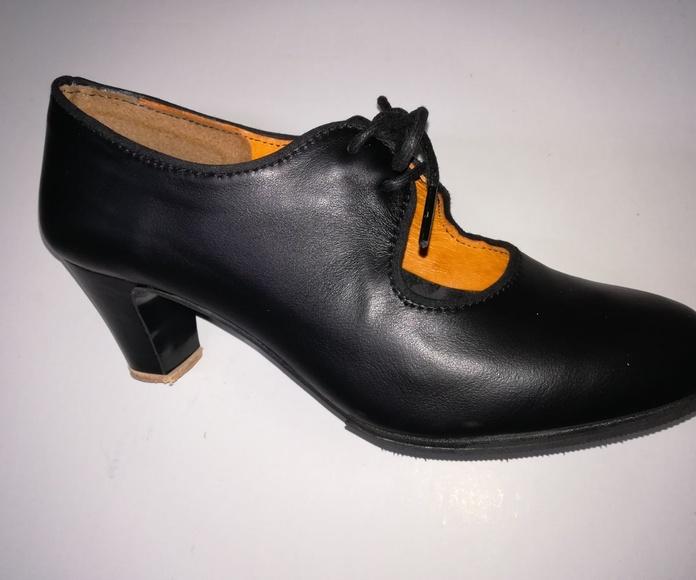 Zapato negro piel: Productos de Calzados Malaca
