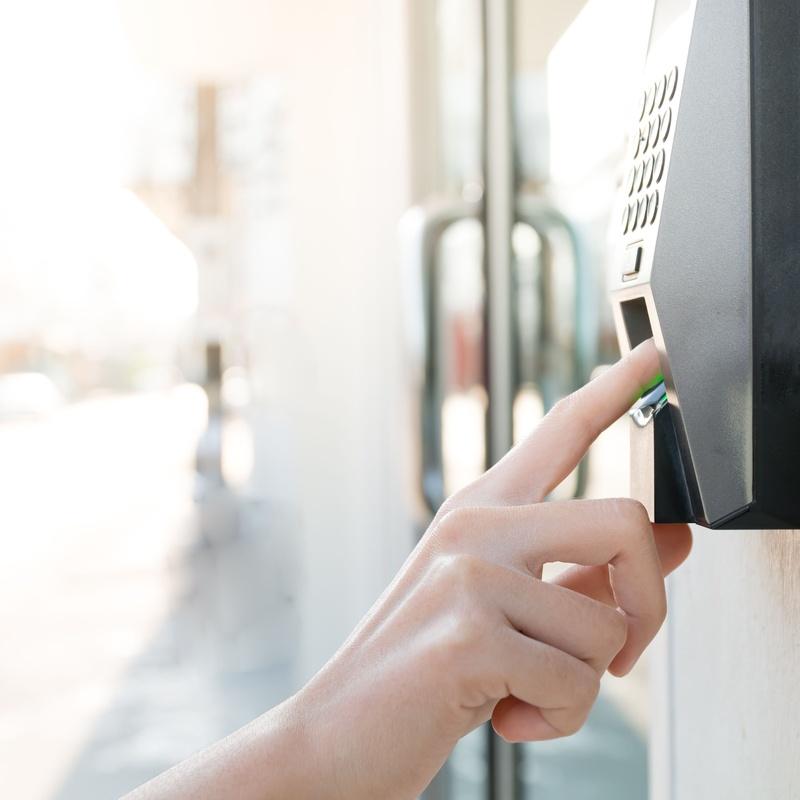 Instalación de sistemas de controles de acceso: Nuestros servicios de Sando' s Electricidad y Telecomunicaciones