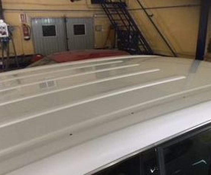 Pintura integral de un volkswagen Touareg. Taller Juan Gaviño. Bormujos sevilla