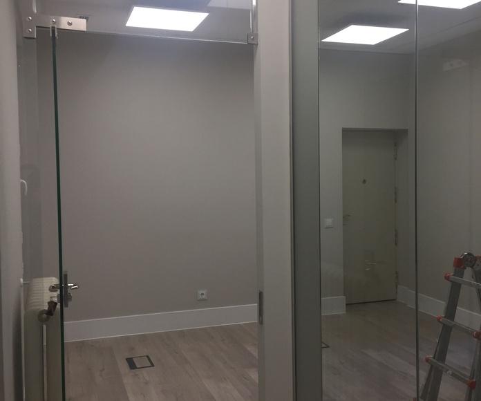 Transformación de vivienda a bufete de abogados 300 m2 en C/ Serrano: Reformas y proyectos de obra de Obras y Promociones De Sande, S.L.