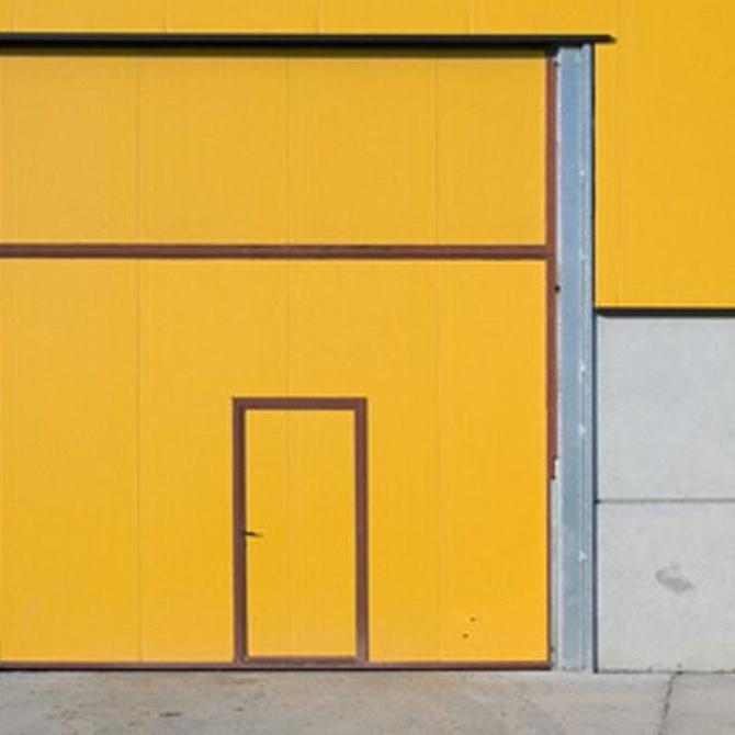 Ventajas de instalar una puerta automática en tu negocio