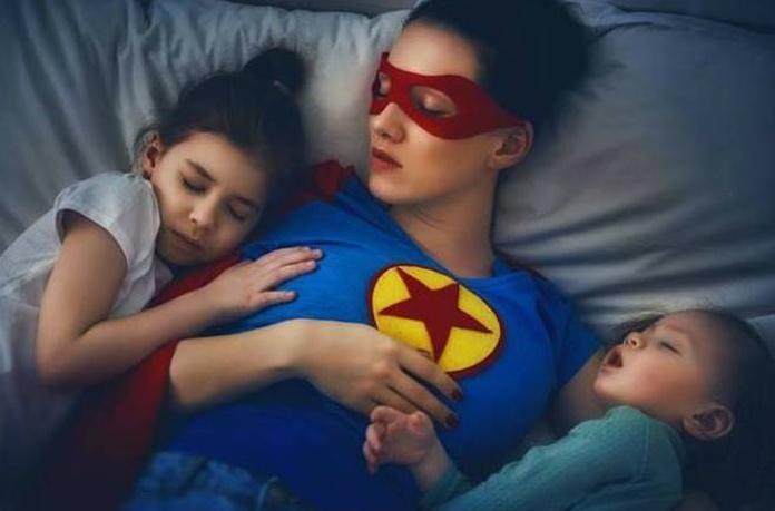 Cuidar de los hijos puede ser más agotador que ir a trabajar, lo confirma la ciencia