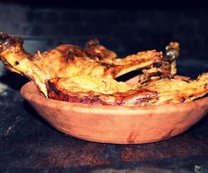Cordero lechal asado en horno de leña