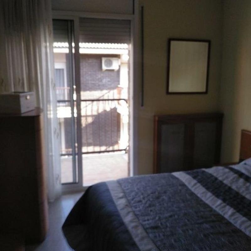 PISO EN VENTA EN LES ARENES/GRIPIA: Reformas Inmobiliaria de Lams. Reformas y Servicios Inmobiliarios