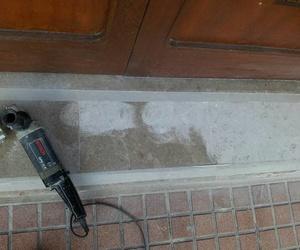 Reparación de suelos y fachadas de mármol y piedra artificial en Cartagena