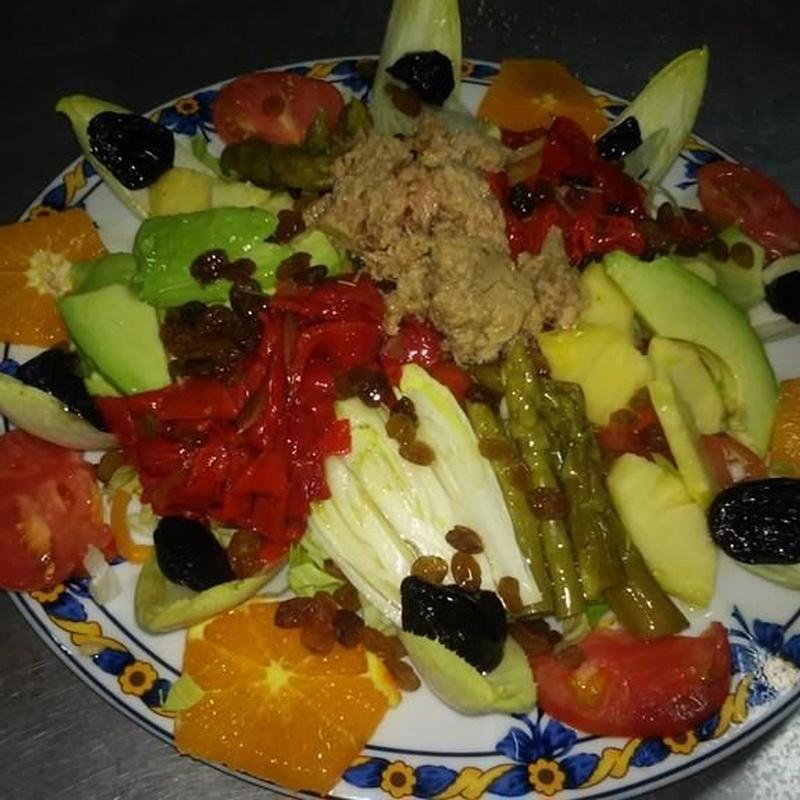 Entradas frías y platos de temporada: Especialidades de Restaurante Los Andaluces