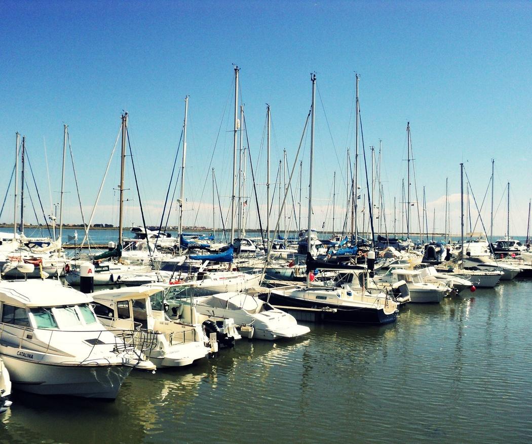 Tener un barco no es un lujo inalcanzable: razones para decidirse a adquirir uno