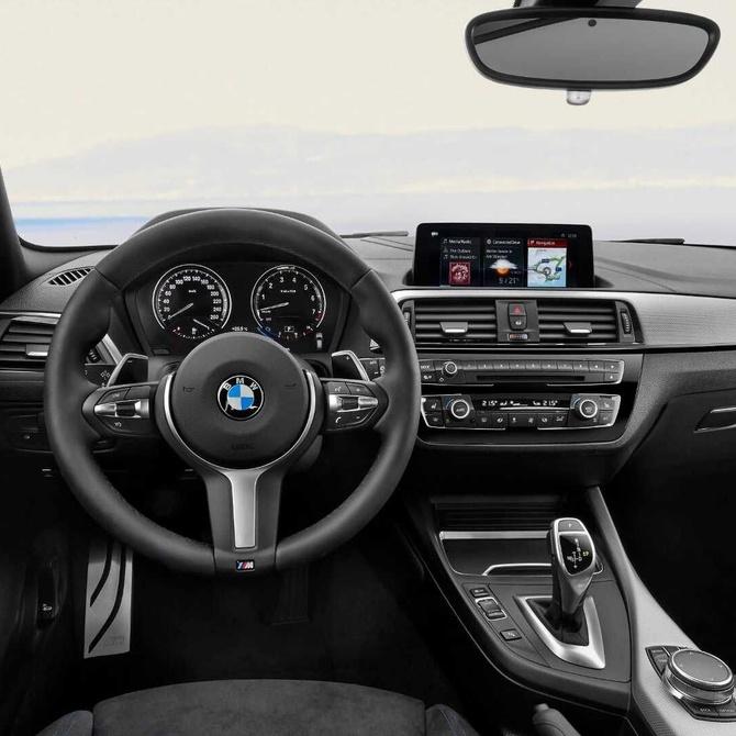 Coche automático o manual ¿Cuál prefieres?