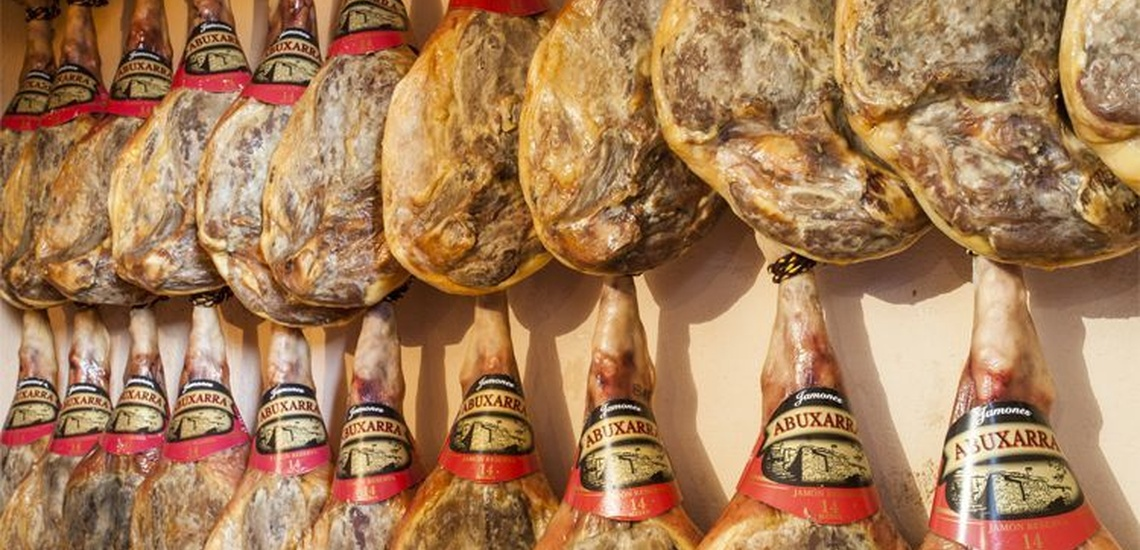 Venta de jamones en Granada