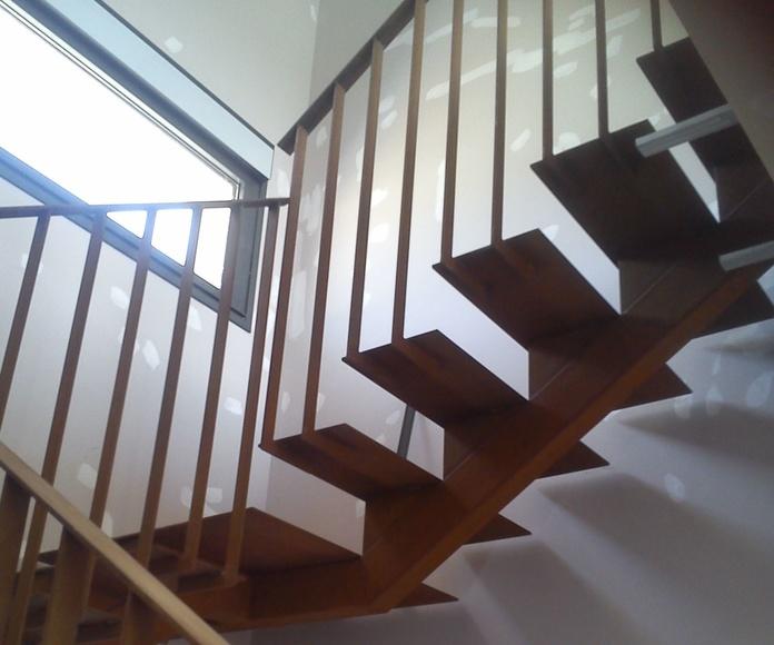 Escaleras: Productos y servicios de Metálicas Torca
