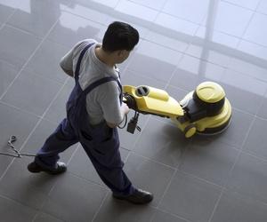 Limpieza y tratamiento de todo tipo de suelos