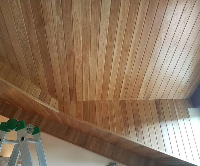 Friso de techo de roble y abeto: Carpintería y ebanistería de Carpintería Marsam  Jundiz