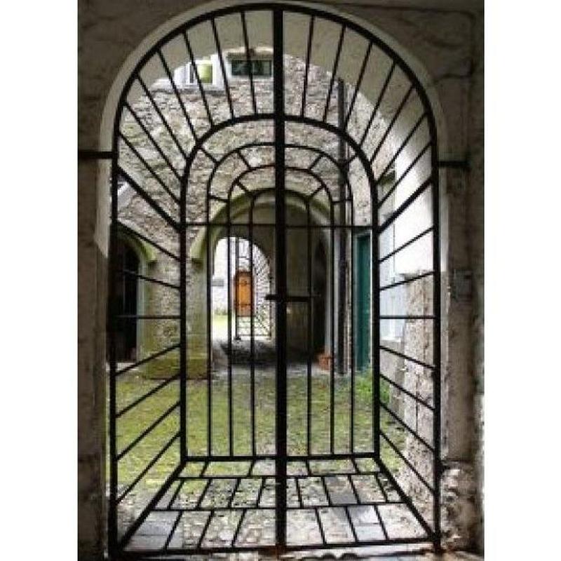 Puertas de hierro: Servicios de Talleres Realse