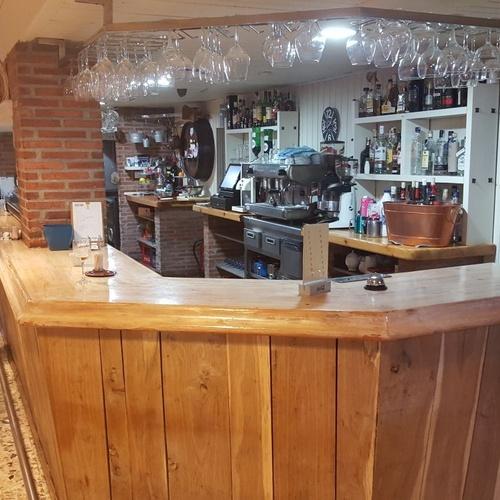 Barra para picar a cualquier hora en El Restaurante Asador El Pozo en Santander