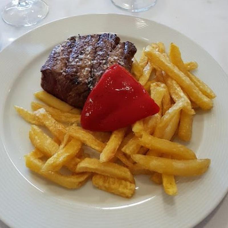 Pescados, carnes y menú infantil: Carta de Restaurante Regenjo