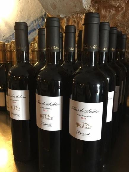 Amplia carta de vinos: Mucho más que carne a la brasa de Restaurant La Sala