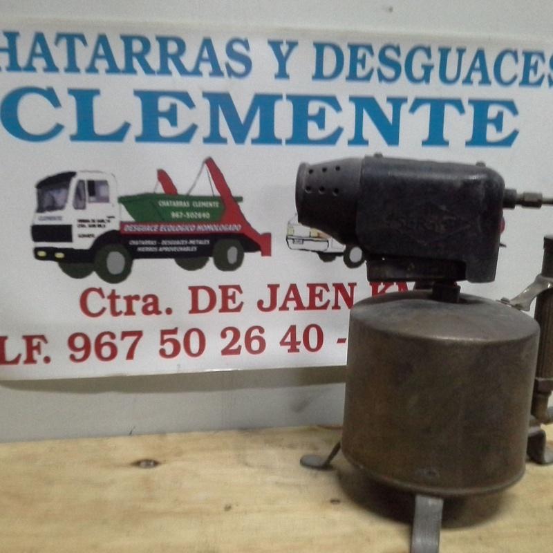 soplete de fontanero antiguo de laton en desguaces clemente de Albacete