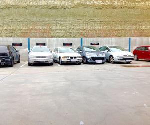 Parking privado clientes.