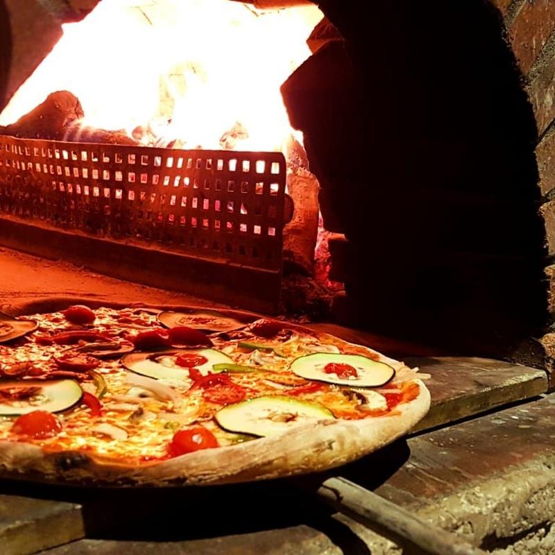 Pizzas: Nuestros platos de Ristorante IL DUOMO di Firenze