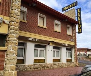 Hostal, cafetería y restaurante