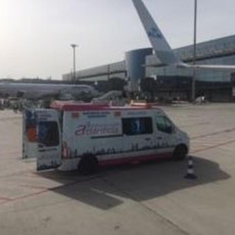 Entrada a pista del Aeropuerto Adolfo Suarez con UVI MOVIL (SVA)