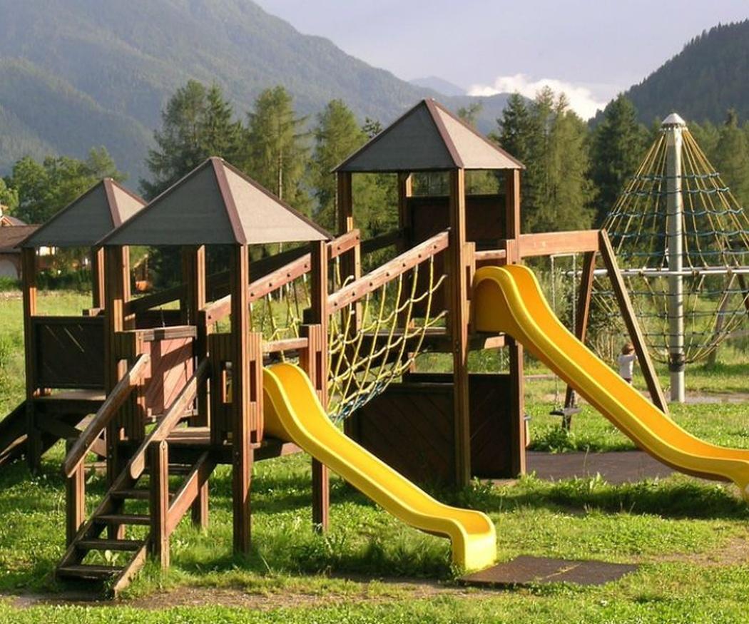 Ventajas de instalar parques infantiles en los municipios