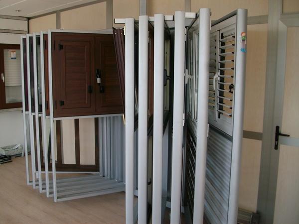 Carpintería de aluminio: Productos de Aluminios Alejandro - Alemar