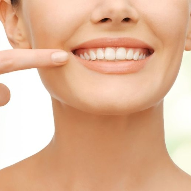 Sonríe sin complejos con una ortodoncia invisible