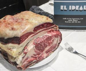 Ven a saborear las especialidades del Restaurante El Ideal, hechas a la brasa y en el momento