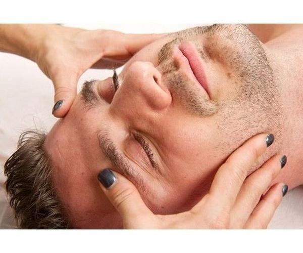 """Masaje de cabeza """"hindú"""""""