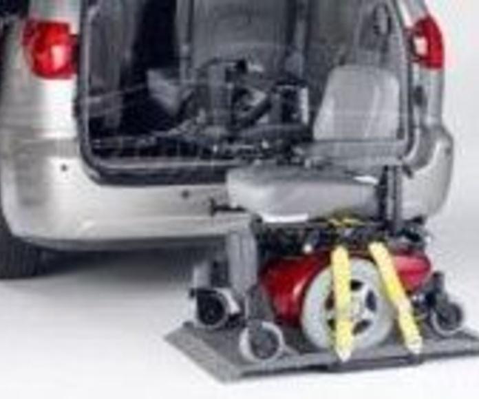 Grúas para sillas: Servicios y productos de Cabal Automoción Bosch Car Service