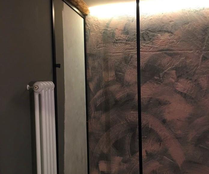 Mampara de baño en acero inoxidable lacado de negro para piso en Las Arenas