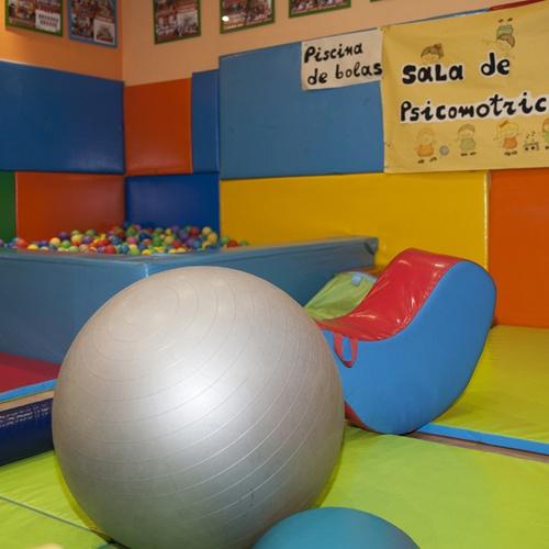 Completa sala de psicomotricidad