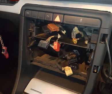 Audi A4 B6 - 1 Din a 2 Din