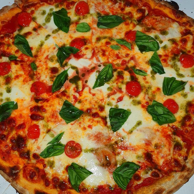 PIZZA ESPECIALES CAPRESE : Nuestras Pizzas de Pizzería Las Tres B