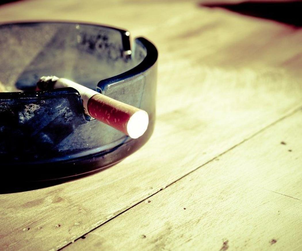 Para unos dientes sanos, deja de lado estos hábitos