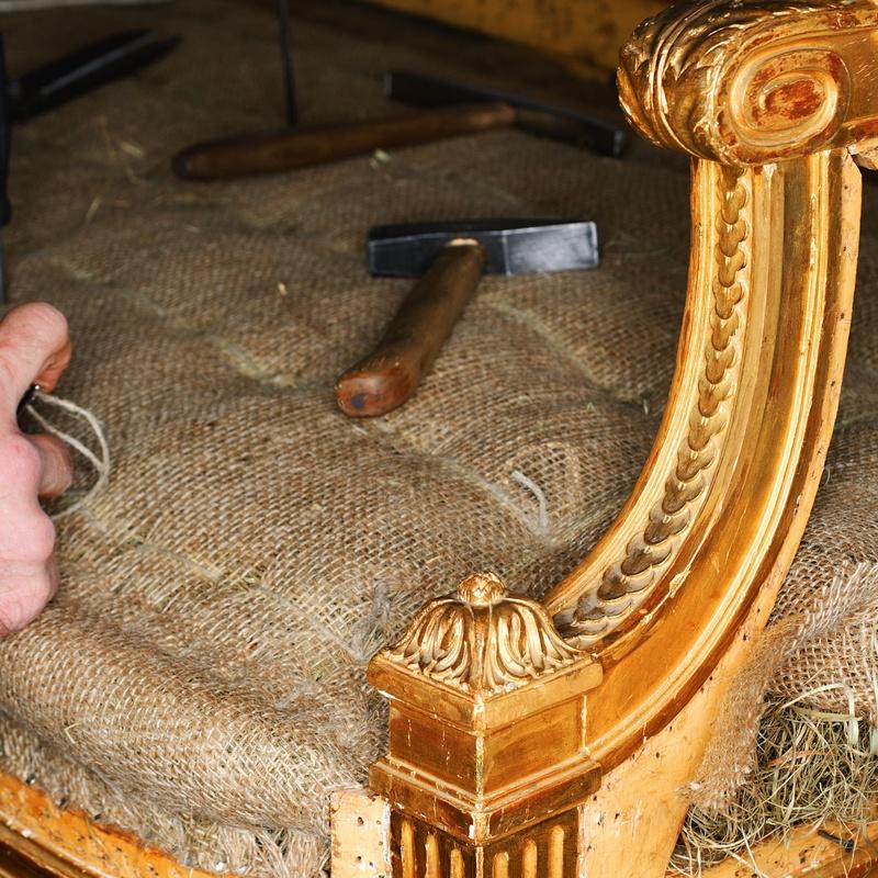 Curso de tapicería presencial: Servicios de ESCUELA TRINEL