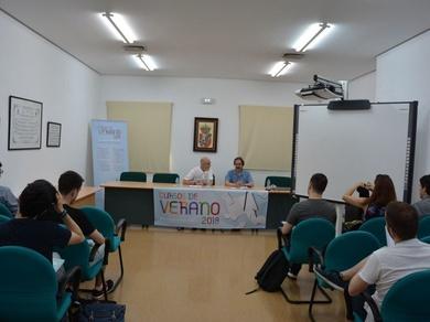 Jornadas de diferenciación entre traducción y localización UCLM (Universidad de Castilla-La Mancha)