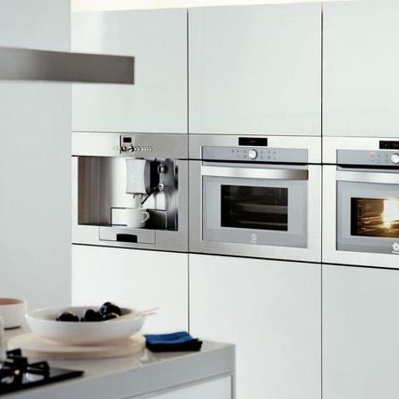 Electrodomésticos y grifería: Productos y servicios de Saneamientos Lema