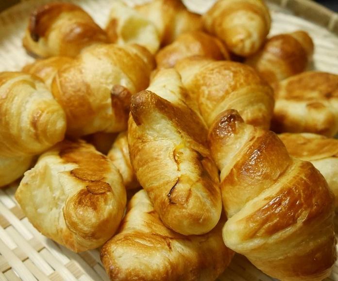 Croissants: Productos de Panadería Galván