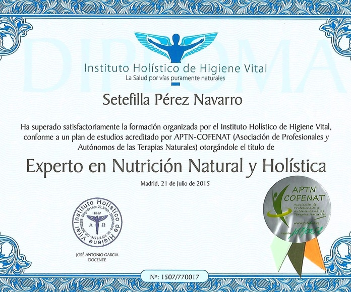 Mi diploma de Experto en Nutrición Natural Holística.