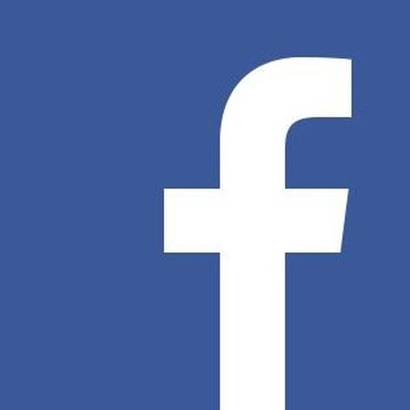 Síguenos en nuestra página de Facebook