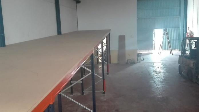 Estanterías para palets: Productos de EQUIPAMIENTO COMERCIAL RLB
