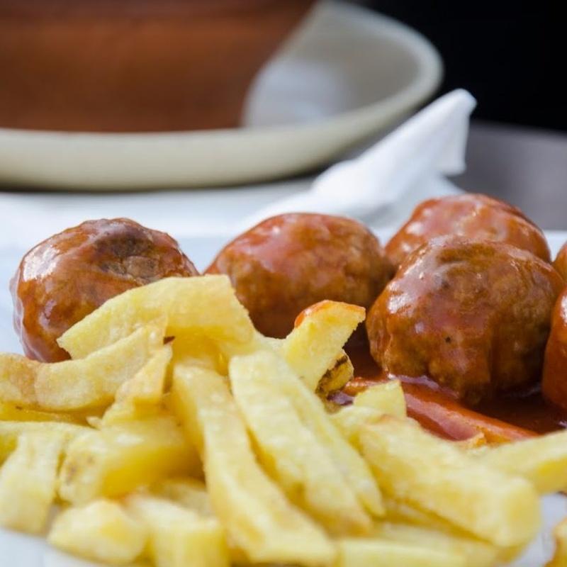 Raciones Calientes: Carta de Restaurante Bar La Posadilla