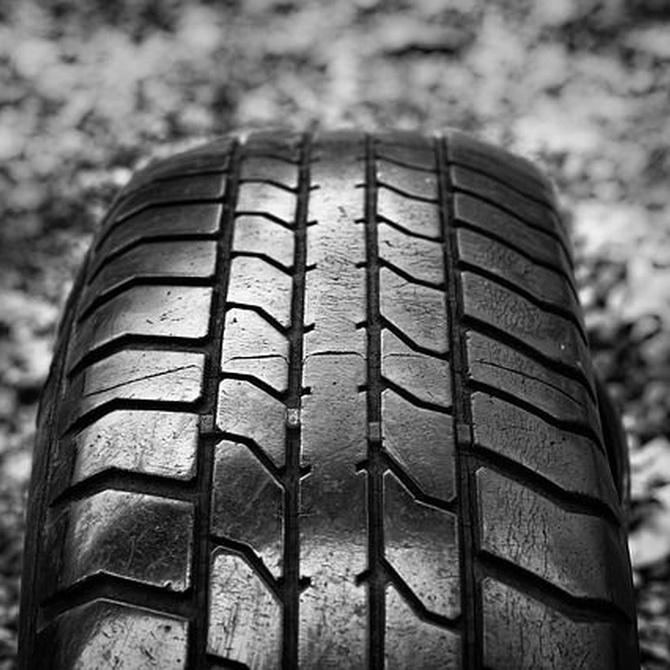 Ventajas de montar neumáticos reciclados en tu vehículo
