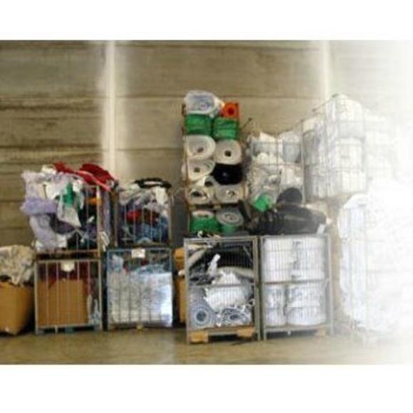Plásticos y palets de madera: Servicios de PalePlast, S. L.