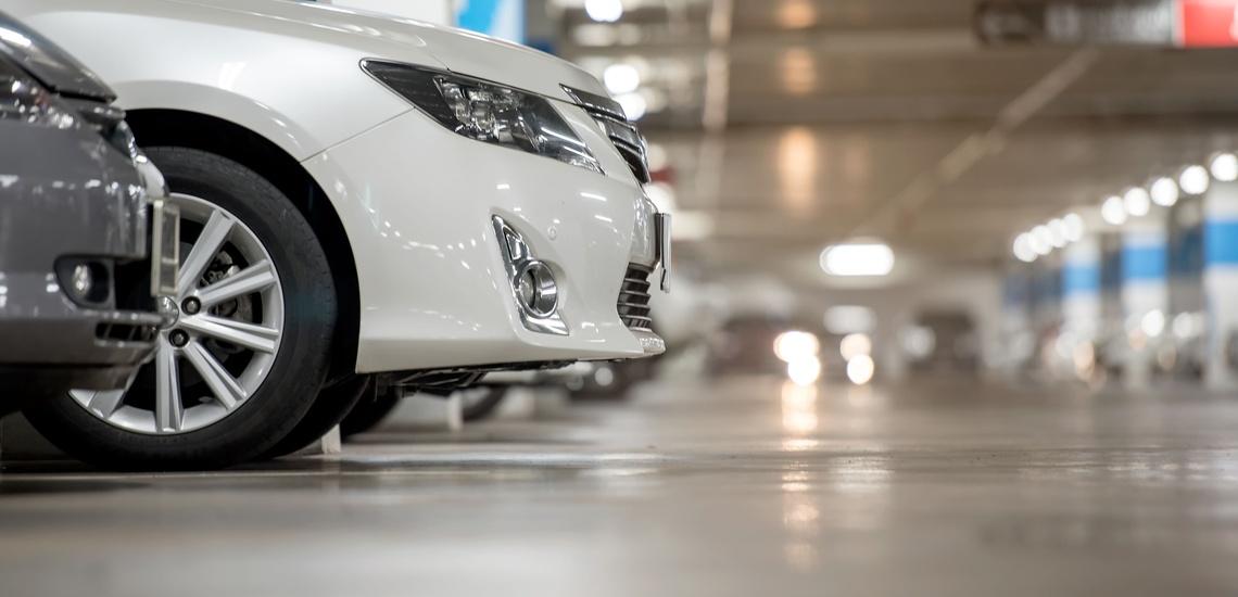 Recarga de aire acondicionado para el coche en Fuenlabrada en un gran taller